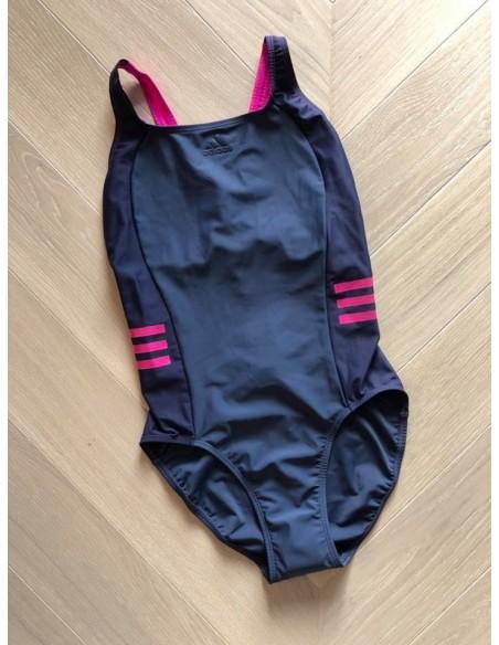 Adidas trikoo, s. 36